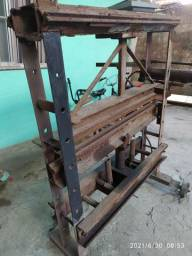 Dobradeira e prensa Hidraulica
