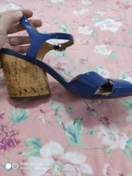 Sandália Azul salto medio