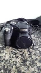 Câmera FujiFilm Semi-Profissional