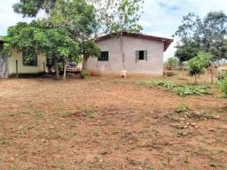 Chácara formada com rio pirapitinga nos fundos - aceito casa
