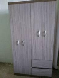 Guarda-roupas 4 portas