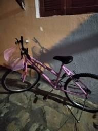 Bicicleta nova, cor rosa