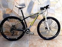 Bicicleta mtb Giant XTC 29