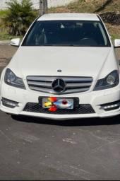 Vendo Mercedes bens C-180 financiada aceito troca