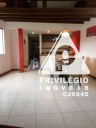 Título do anúncio: Casa de rua à venda, 2 quartos, 2 vagas, Laranjeiras - RIO DE JANEIRO/RJ