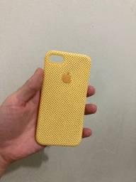 Capinha mole amarela iPhone 7/8/SE 2020