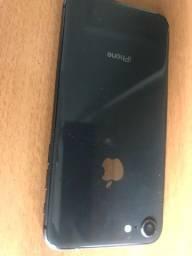 Passo cartão vendo  iPhone 8 64 g com todos acessórios