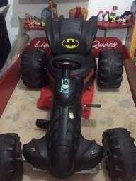 Troco esse carro do Batman novo por um Shitzu !
