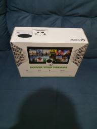 Xbox series S (VEM COM 1 CONTROLE) $2.800