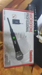 Microfone Com Fio  Profissional Modelo Mt-1002 Tomate