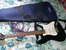 Guitarra super conservado