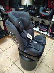 Cadeira 0 a 36kg preta, com base e reclinável