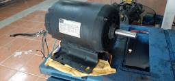 Motor eletrico trifasico 5 cv, polos (alta)
