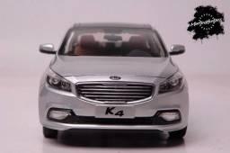 Kia K4 Sedan Ano 2014 Cor Prata Escala 1:18