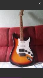 Vendo guitarra mais pedaleira valor 500 ou Troco
