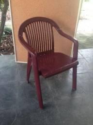 Cadeira de plástico vinho