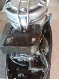 Motor yamaha de 15 HP ( todo revisado ) - 1992