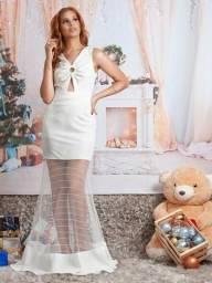 Lindo vestido longo tule