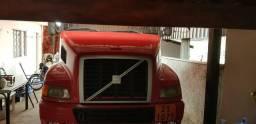 VOLVO NH 2001 420 truck super conservada - 2001