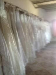 Vestidos de noiva e acompanhante
