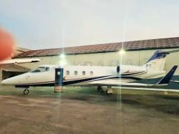 Belíssimo Jato Learjet 55