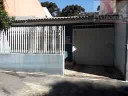 Casa no Pinheirinho com 2 quartos sendo uma suíte, 130m² construídos; próximo ao Supermerc