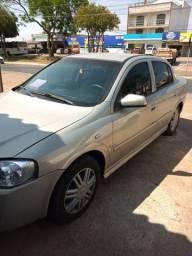 Astra sedan 2005 elegance top funcionando de boa obs aceito troca em carro de menor valor