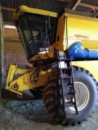 New Holland | TC 5090 | Colheitadeira Agrícola Usada
