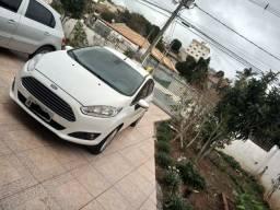 Ford Fiesta 1.6 Titanium Hatch automático