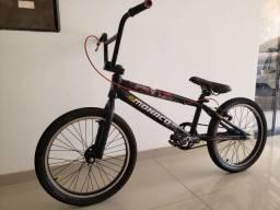 Bicicleta gios bmx black jack