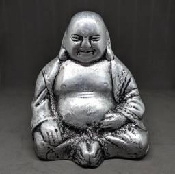 Buda muito bem trabalhado muito lindo<br>medindo 16cm de altura e 13cm de largura