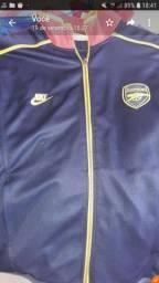 Vendo  essa jaqueta do arsenal  sm nova tmh M