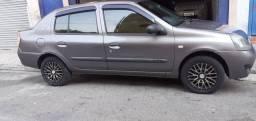 Clio 1.6 sedan, completo