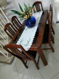 Linda mesa com vidro fumê 6 cadeiras