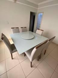 Mesa de jantar completa e nova