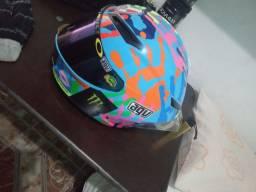 Título do anúncio: REPLICA AGV troco por outro capacete