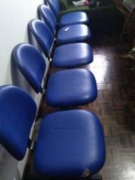 Móveis e cadeira