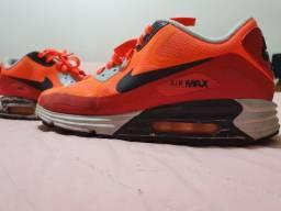 Nike Air Max TAM 40