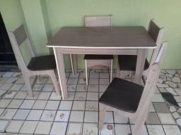 Mesa 4 cadeiras cozinha