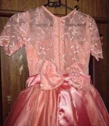 Vestido de festa para criança R$250,00