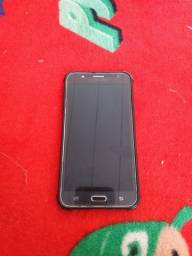 Vendo Samsung j7 tela intacta com película de vidro capinha e caregador