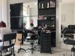 Alugo cadeira para cabeleireiro em Balneário Camboriú