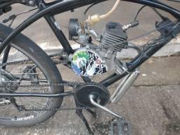 Bicicleta motorizada 80cc com cubo e banco de Moby