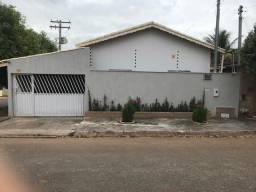 Casa á venda em São Luís de Montes Belos