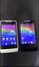 Vendo 2 celulares Motorola razds