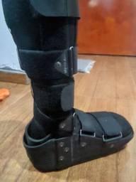 Bota ortopédica cano alto