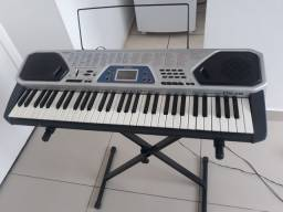 Teclado musical Casio CTK-481