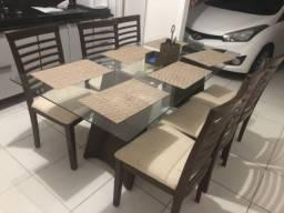 Mesa de vidro de 6 cadeiras