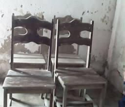 Cadeira de angilin conservada