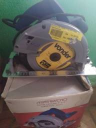 Serra circular nova na caixa nunca usada
